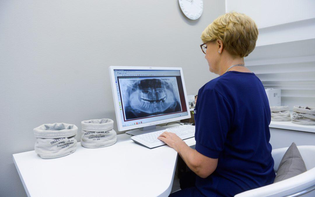 Hampaiden röntgenkuvaus