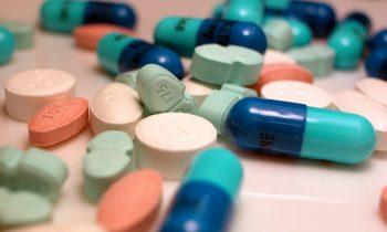 Suun kuivuus voi johtua lääkityksestä tai kieliä kroonisesta sairaudesta