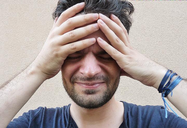 Toistuvat päänsäryt voivat kertoa hammasongelmista