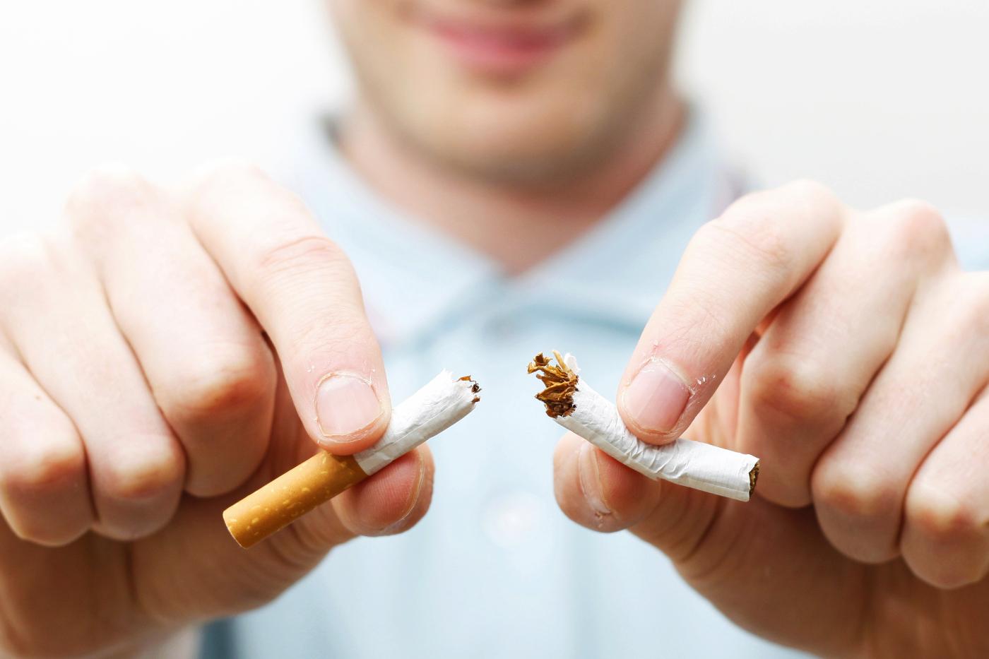 10 hyvää suunterveydellistä syytä lopettaa tupakointi